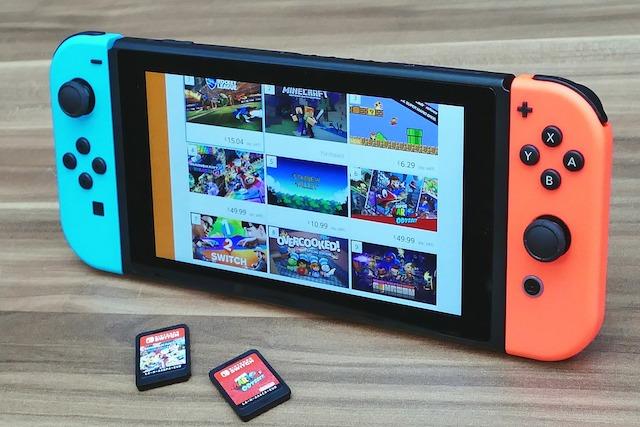 任天堂Switch PSVR 品切れ続出の人気ゲーム機の販売戦略を振り返る4